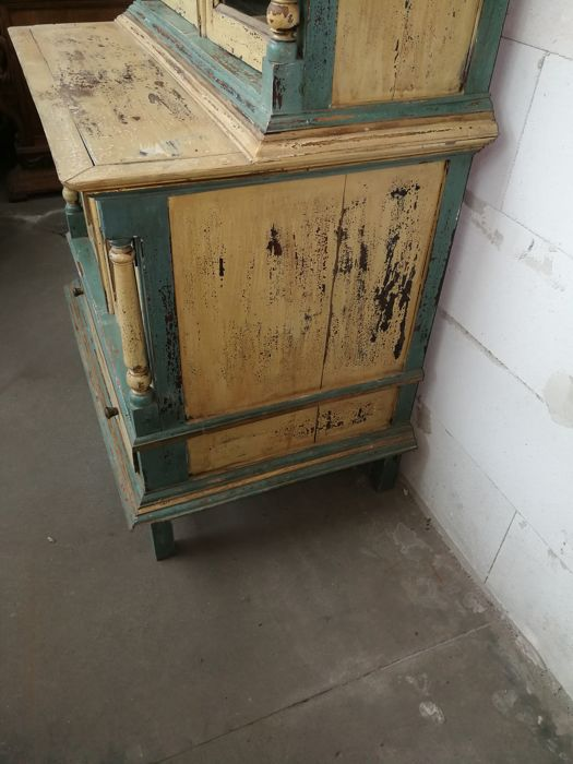 Beautiful antique kitchen cabinet ca 1920 catawiki for Auctions kitchen cabinets
