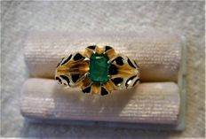 14 kt gold and Emerald solitaire ring 0.75 ct total, No Reserve
