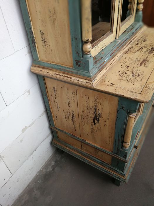 Beautiful antique kitchen cabinet ca 1920 catawiki for Auctions for kitchen cabinets