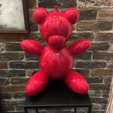 Andrea Giorgi - Big red Bear Balloon
