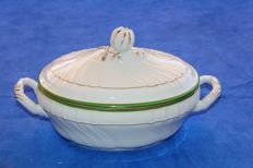 Magnificent Richard Ginori tureen - Doccia manufacture