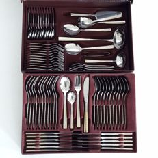 H.K.S. Solingen - 72 piece luxury cutlery - set for 12 persons - 23/24 karat - hard gold plated in wine red original case - unused