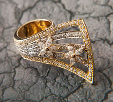 Big Unique Work Ladys Ring 100 Zirkonia in brilliant cut 18 K Gold - RS 53 / 17 mm ∅ / 6.5-7