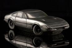 Unique silver tin sculpture of the Ferrari 365 GTB 24 x 8 x 6 cm