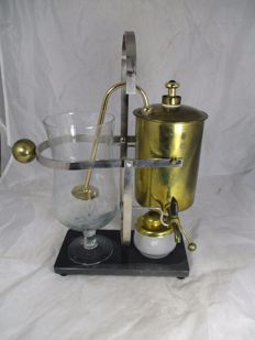 Copper coffee maker - after a model from 1850
