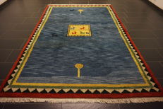 Wonderful Persian carpet – Gabbeh – wool on wool – nomad work – made in India – natural colours – 195 x 295 cm – good condition