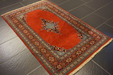 Oriental carpet 95x155cm Qom wool Made in Pakistan