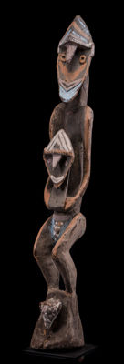 Unique ancestors sculpture from the countryside of Berlinhafen - Aitape – West Sepik Province - Papua New Guinea