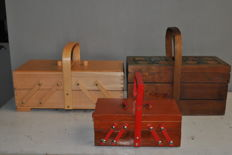 Lot of 3 zigzag sewing boxes