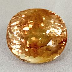 Brownish orange Topaz – 69.29 ct
