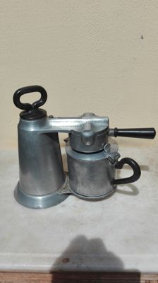 Vesuvian coffee maker