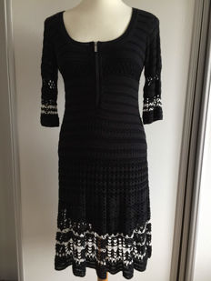 Karen Millen - stunning crocheted dress