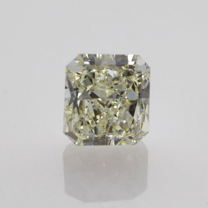 1.15 ct radiant cut diamond tinted white (L) VS1 **LOW RESERVE PRICE**