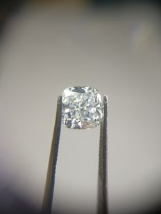 1.03 ct Cushion Modified Brilliant cut diamond E VVS1