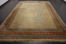 Magnificent hand-knotted oriental palace carpet, Sarough Mir, 240 x 335 cm, made in India, best highland wool