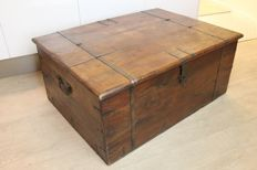Large transport crate with fittings, 20th century