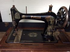 Antique Frigga sewing machine, early 20th century
