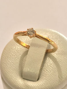 Solitaire in 18 kt gold and diamond Top Wesselton - size 51 / 16.38 mm *no reserve price*