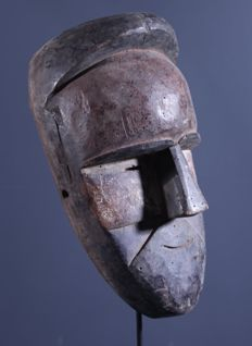 tribal mask GALOA, origin GABON, wood