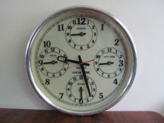 Large quartz world clock with 5 clocks - Belgium - circa 1980