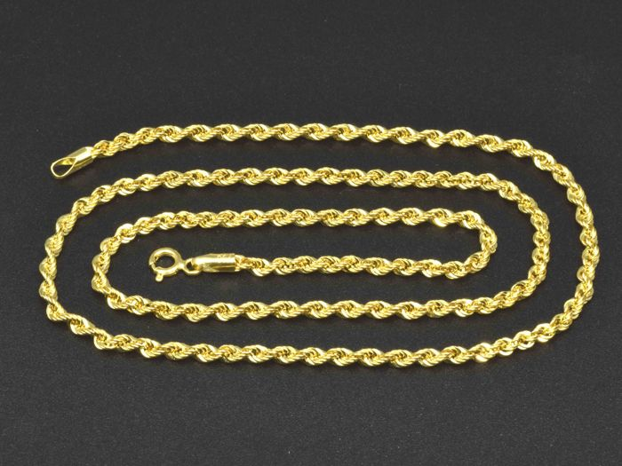 18k Gold Necklace. Chain. Rope - 50 cm. Weight 4.06 g