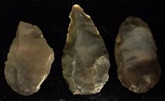 Mid - Paleolithic interesting lot of three big artifacts -  57 / 69 / 59 mm (3)
