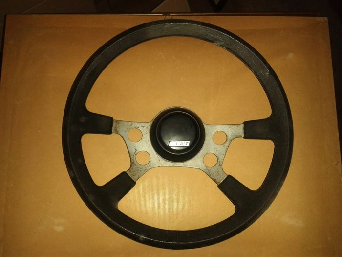 Original FIAT steering wheel X1/9 from 1975 diameter cm 37