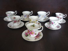 8 Royal Albert Bone China porcelain cups and saucers England (Wildflowers)