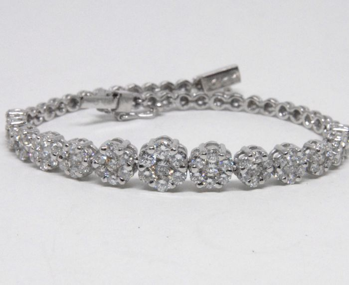 Women's bracelet set with diamonds - 5.50 ct in total - length: 18.5 cm