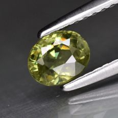 Demantoid garnet  - 0,75 ct - No Reserve Price
