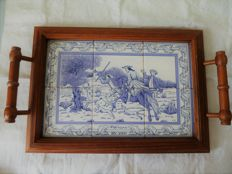 wooden tray and faience tiles