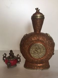 Copper flask and small incense burner - Tibet - late 20th century