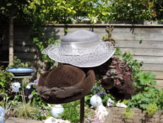 Lot with 4 old hats- La Boutique Utrecht, the Netherlands - in good condition