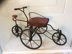 Very special children's toy tricycle/quadricycle