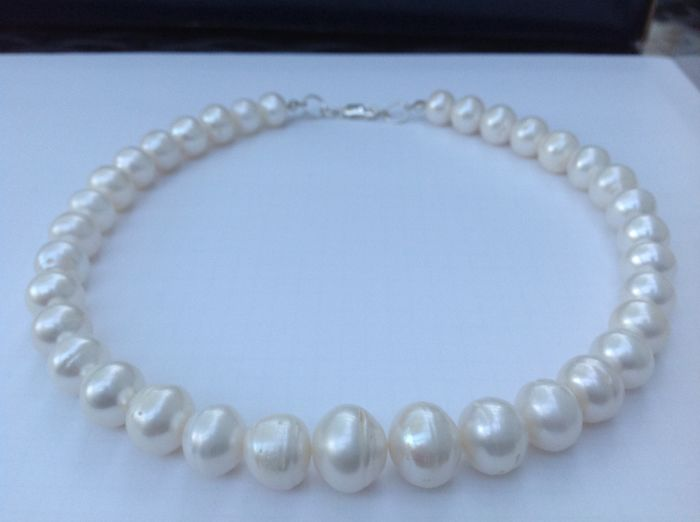 9deed02adfa0a Freshwater cultured pearl necklace approx. 43 cm long with real XL ...