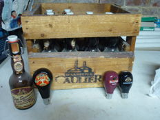Lot of 3 beer pump heads - Kriek St. Louis - Kriek Belle Vue - Scotch and a crate brasserie Caulier with 12 bottles - twentieth century