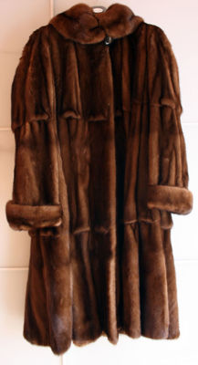 Fur coat made to measure by an artisan furrier