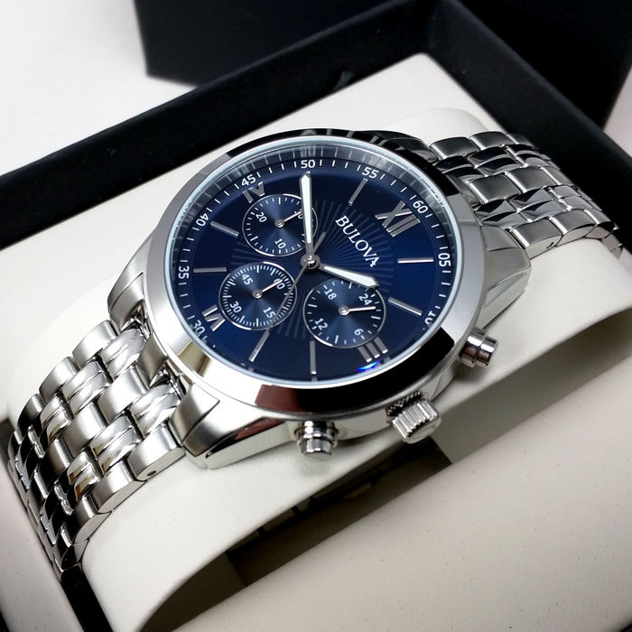 Bulova Classic men's wristwatch, with chronograph – new, never worn, with original box and papers.
