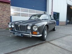 Jaguar - XJ 6 series I - 1972