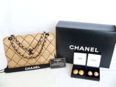 """Lot of 3: Chanel - """"Wild Stitch"""" Classic """"medium"""" flap bag """"Beige/Black Edition"""" + Faux pearls  earclips and gold-tone earclips."""