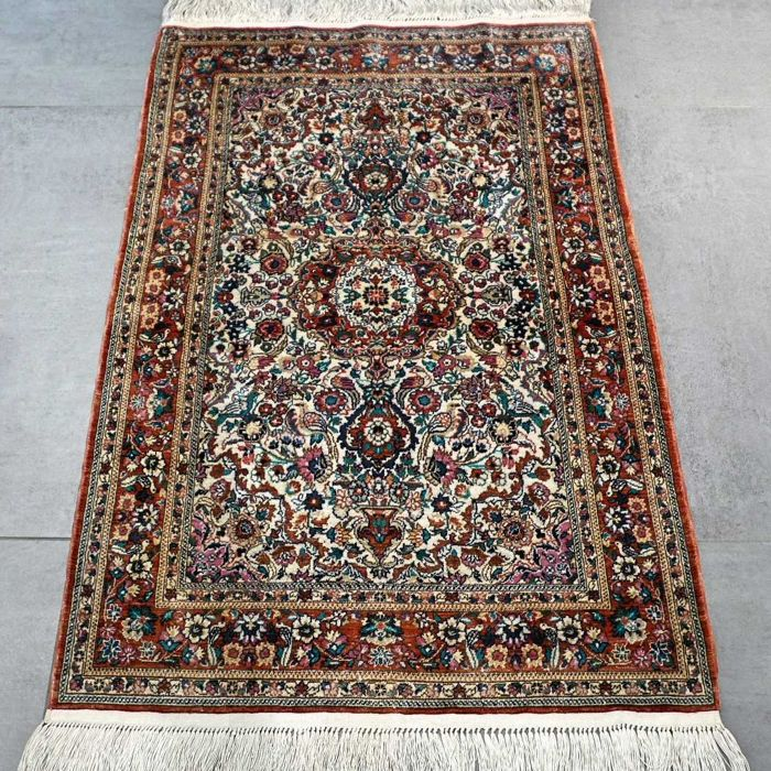 Very finely knotted 100% silk China Hereke carpet – 1,000,000 knots/m² – Collector's item