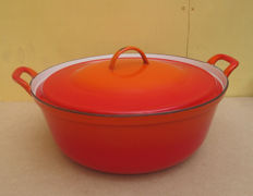 Large enamelled cast iron pan (diameter 42 cm)