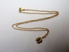 Four-leaf clover with chain – 18 kt – 45 cm