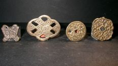 China - Lot of 4  Yi Dynasty Bronze coins - 1392 / 1910 AD - Byul Chon - bronze