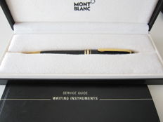 Montblanc Meisterstuck ballpoint pen with gold plated rings and clip