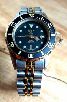 Vintage ladies Heuer Professional Diver with box