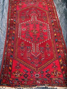 Hamadan Nomadic handmade carpet -  first half 20th century