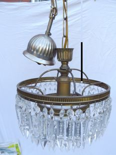 Hanging chandelier - ring-shaped with glass arrows