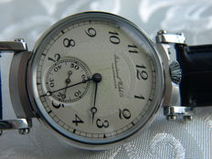 30. IWC Schaffhausen marriage men's wristwatch 1901-1902