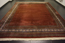 Magnificent hand-woven Oriental palace rug, Sarouk Mir, 290 x 350 cm, made in India, excellent highland wool